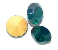 Chaton Faceted Gold Foiled SS-22 4.9 to 5.0 mm Emerald 20 pcs