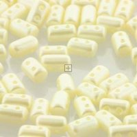 Czech Rulla 3x5mm 22g Pastel Cream