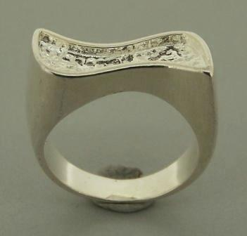 Pewter Rhodium Plated Ring Size6.5 1pc